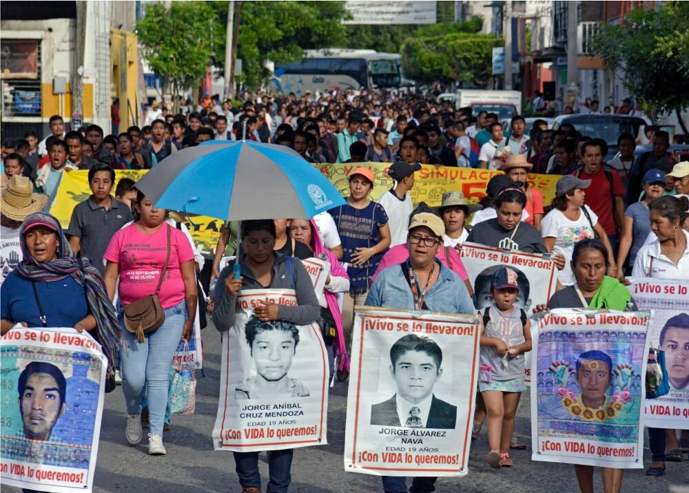 370239_Desaparecidos de Ayotzinapa en México // Foto: AFP