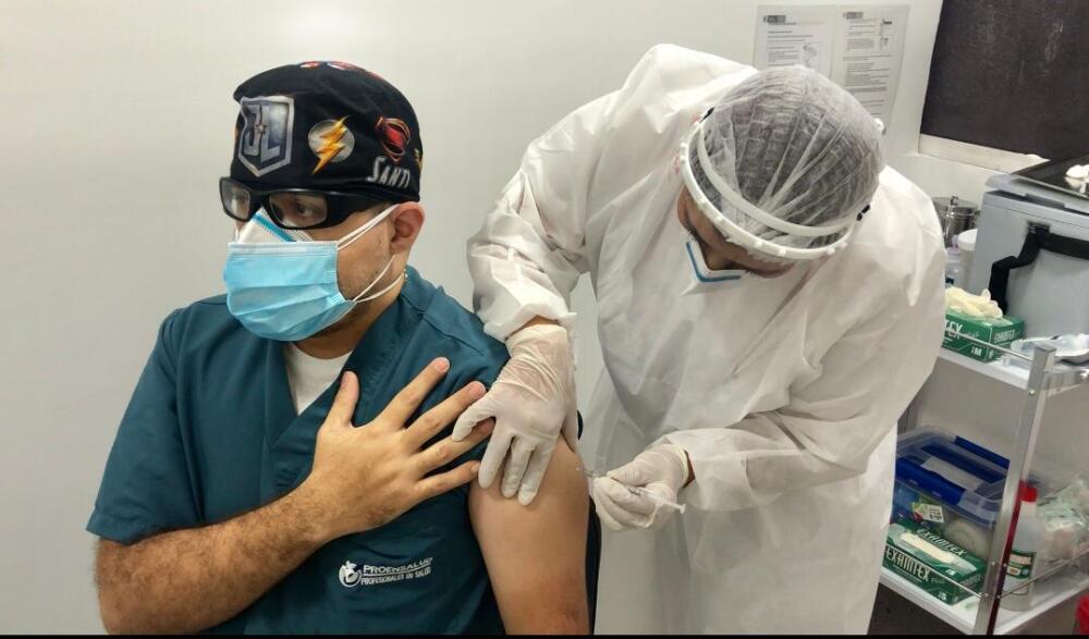 Vacunación contra el covid 19 en Antioquia.jpg
