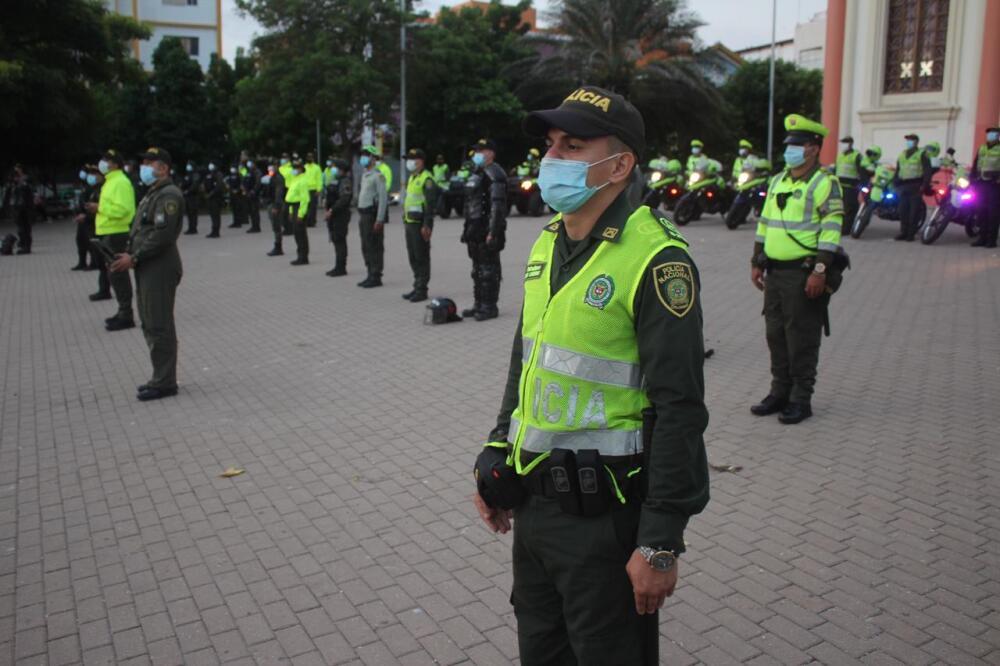 Policías Seguridad Navidad .jpeg