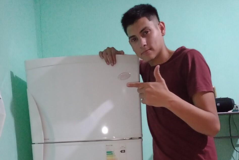 Mariano Cantero se convirtió en ejemplo de esfuerzo y dedicación al compartir el logro de comprar su primera nevera