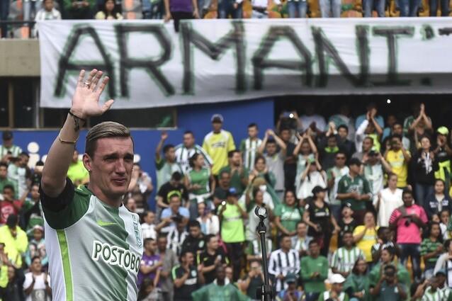 Armani despedida Nacional