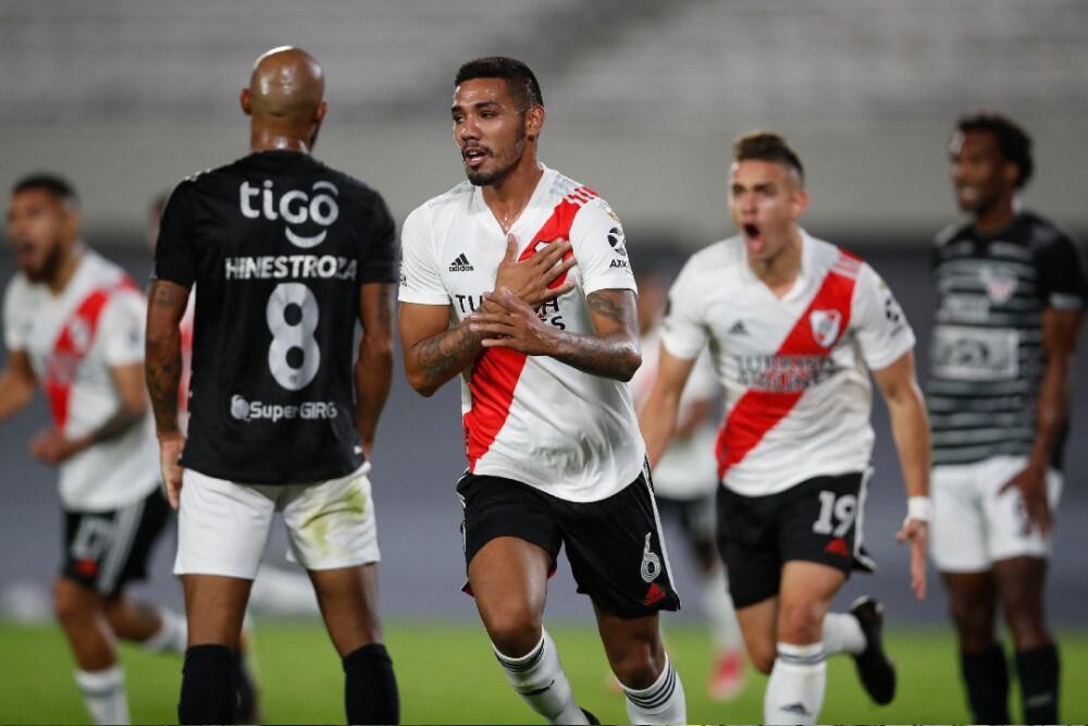 River Plate Celebra 280421 AFP E.jpg