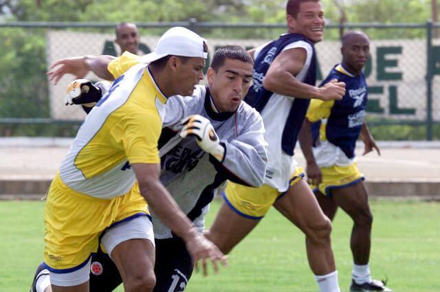 334733_Miguel Calero en un entrenamiento de la Selección Colombia, junto a Víctor Aristizábal y Óscar Córdoba.
