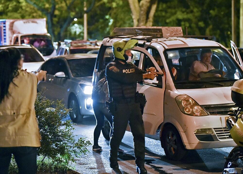 Policía disparó contra manifestantes en Cali.jpeg
