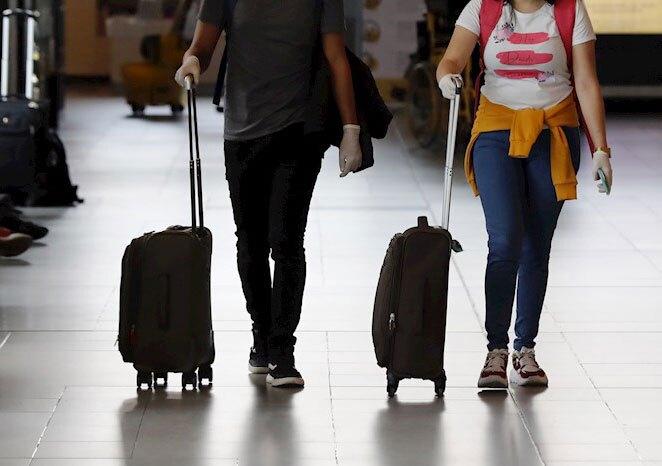 358404_aeropuerto-viajeros-coronavirus-foto-efe.jpg