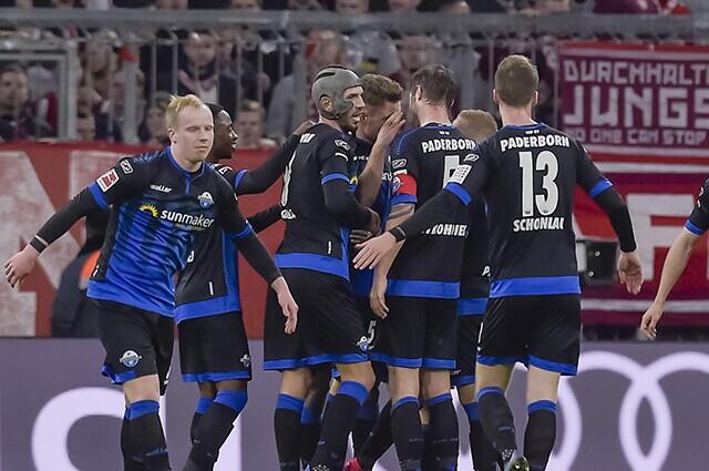 332851_Paderborn, equipo de la Bundesliga