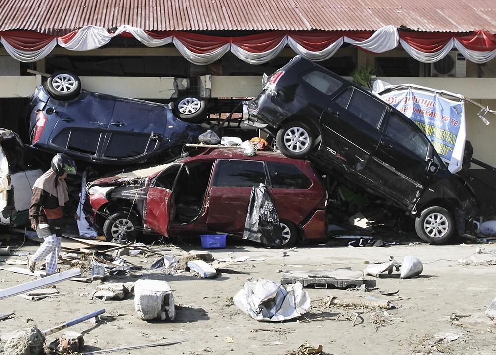 11842_Las devastadoras imágenes tras el tsunami en Indonesia - AFP - La Kalle