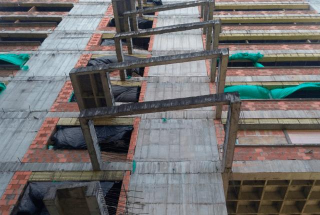 La edificación presenta un evidente deterioro y no se terminó su construcción. Foto: Cortesía Alcaldía