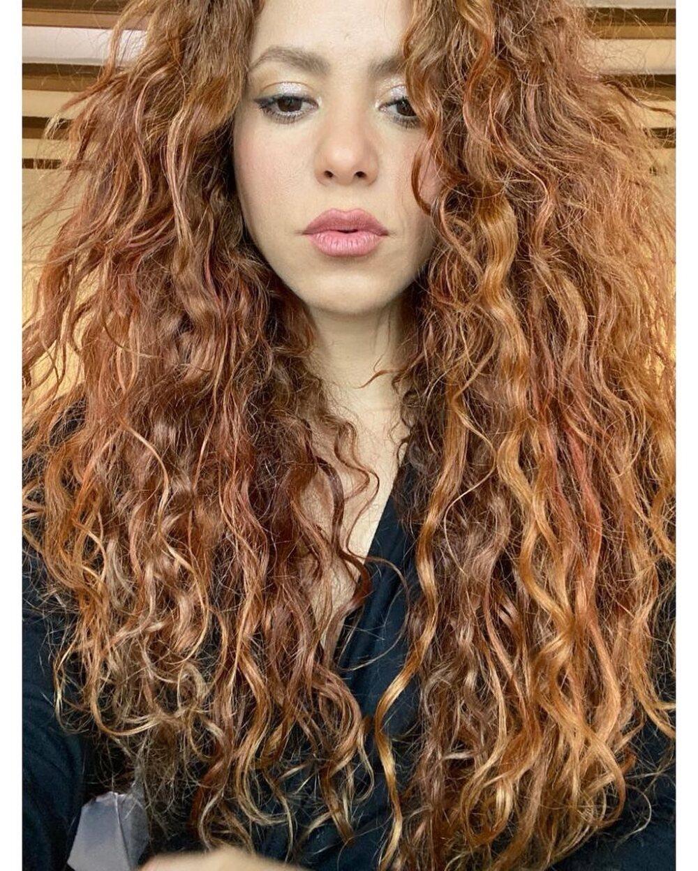 Imitador de Shakira se vuelve viral en Tik Tok.