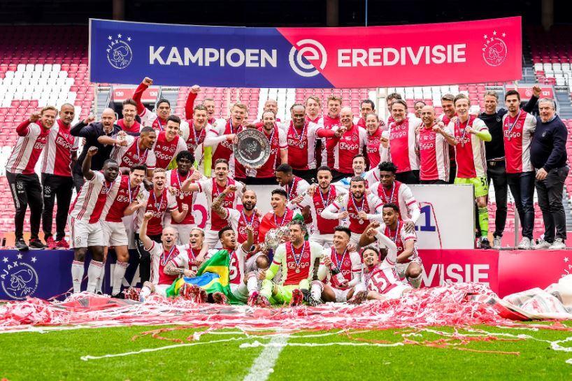 Ajax festeja 020521 Twitter E.JPG