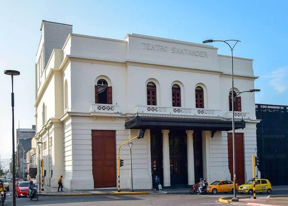 332760_BLU Radio // Teatro Santander // Foto: Alcaldía Bucaramanga