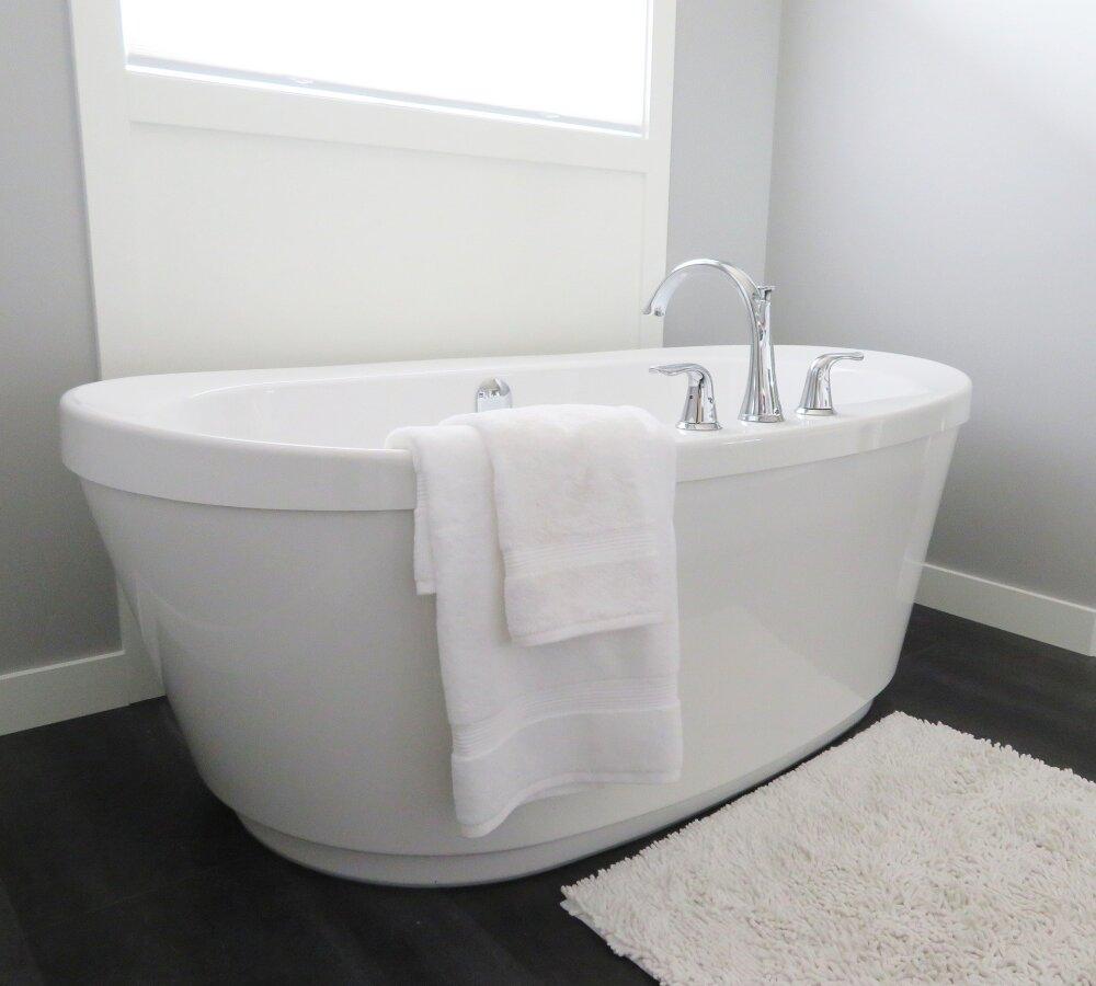 Tina baño.jpg