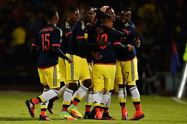 241805_Colombia celebra en el Suramericano Sub-20