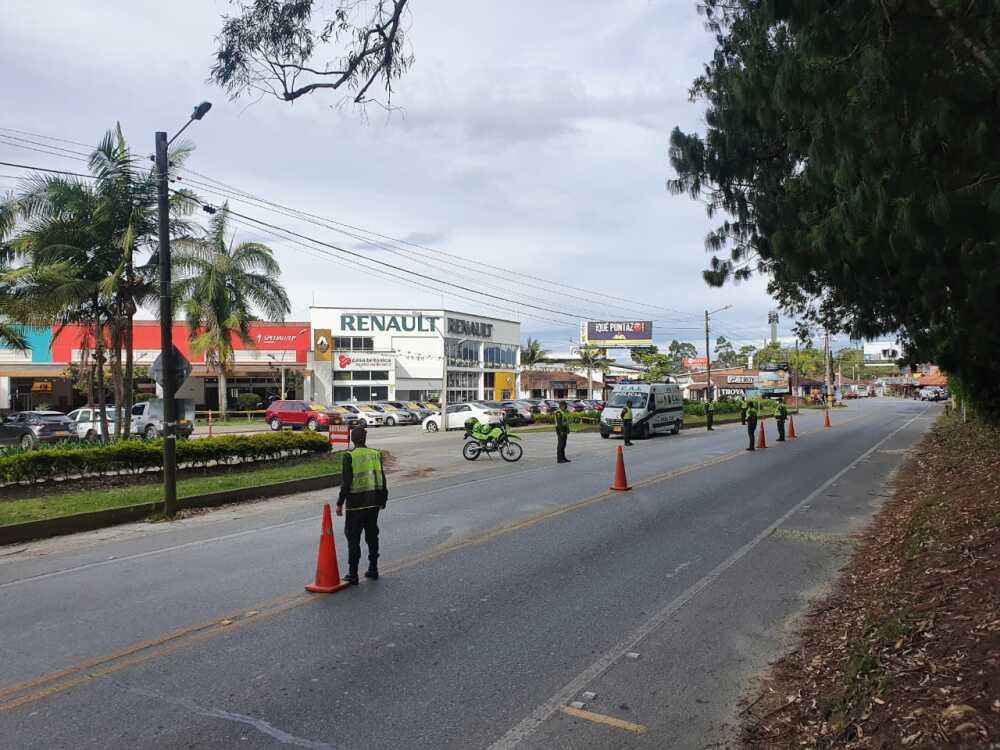 Controles toque de queda Antioquia.jpeg