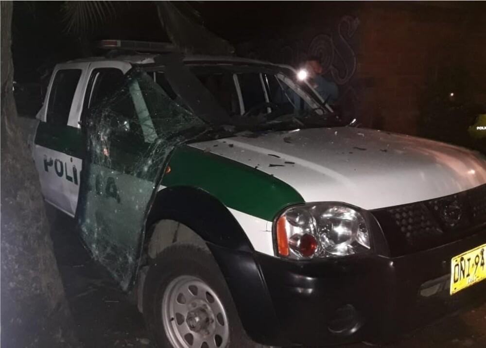 365484_Ataque a policías con granada // Foto: Suministrada