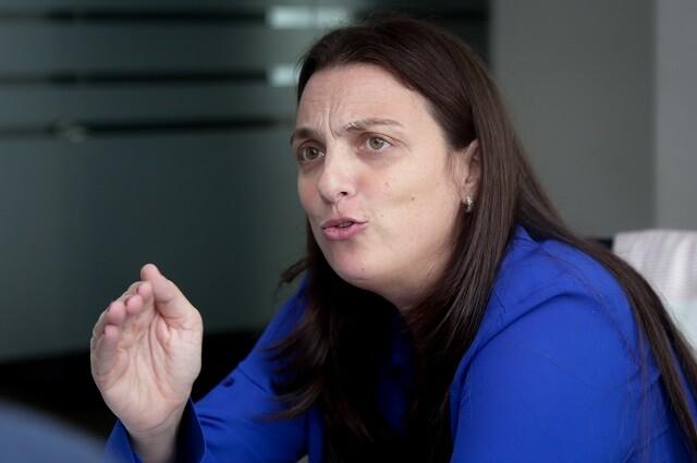 Karen Abudinen contra la RAE