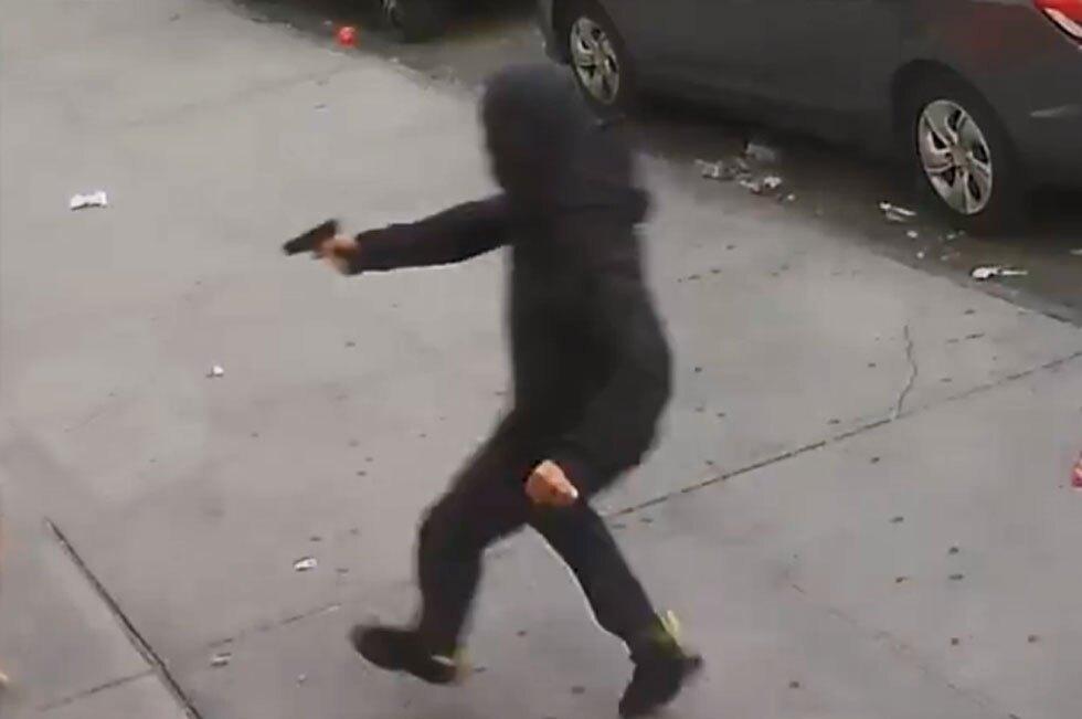 2 niños quedan en medio de un tiroteo en Nueva York.jpg
