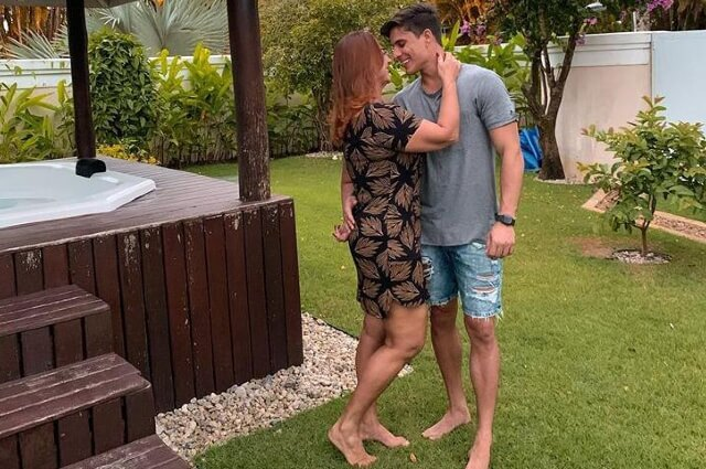 337979_Nadina Goncalves y Tiago Ramos