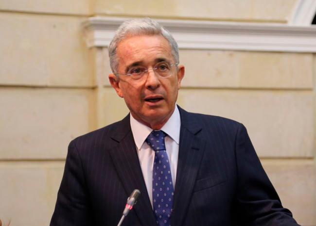 357272_Álvaro Uribe // Foto: Facebook Centro Democratico