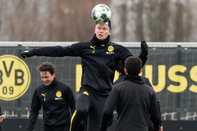 333813_Borussia Dortmund regresará a entrenamientos, pero de forma limitada.
