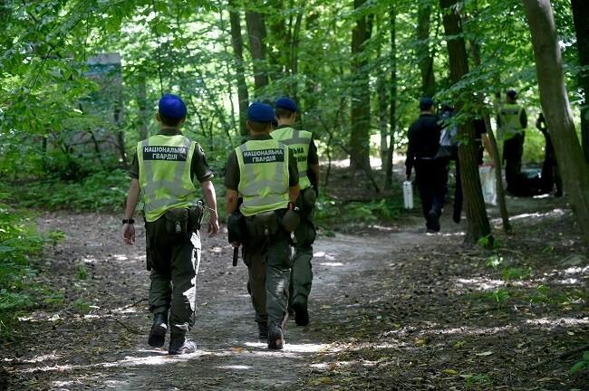activista aparece ahorcado en parque de bielorrusia