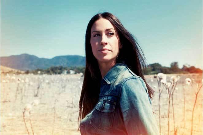 Alanis Morissette narró su experiencia de abuso sexual en el documental Jagged.