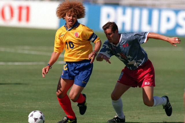 Carlos 'Pibe' Valderrama, con la camiseta de la Selección Colombia