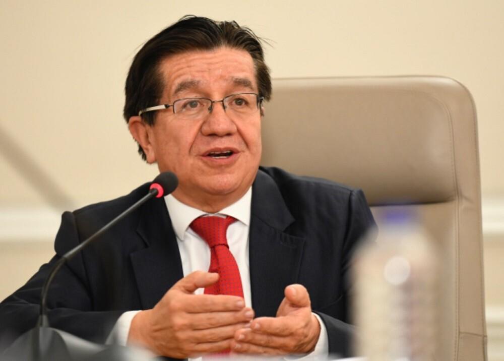 359460_Ministro de Salud, Fernando Ruíz. Foto: Presidencia