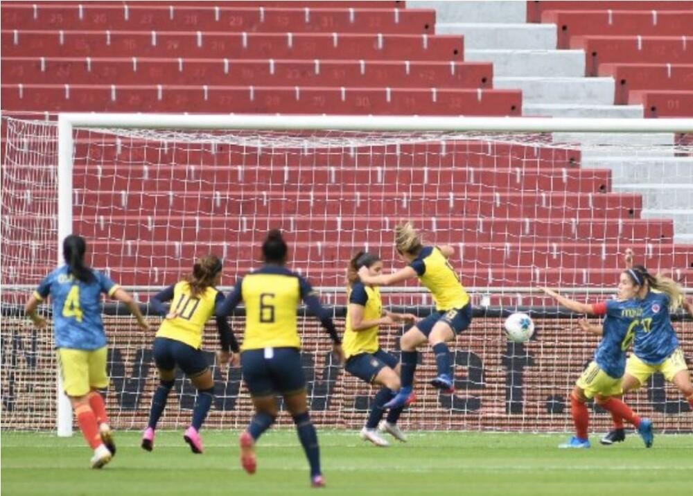 Selección Colombia Femenina Foto Twitter GolCaracol.jpg