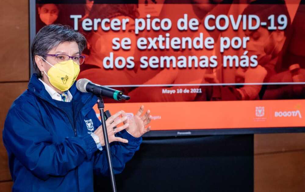 Claudia López en conferencia de prensa.jpeg
