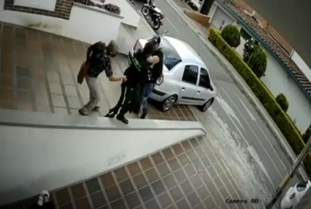 roban arma de dotación a vigilante.png