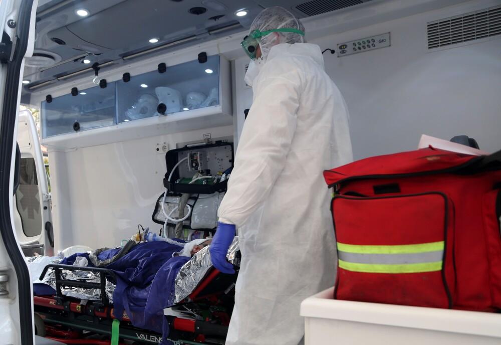Coronavirus: Death toll in Iran climbs to 66