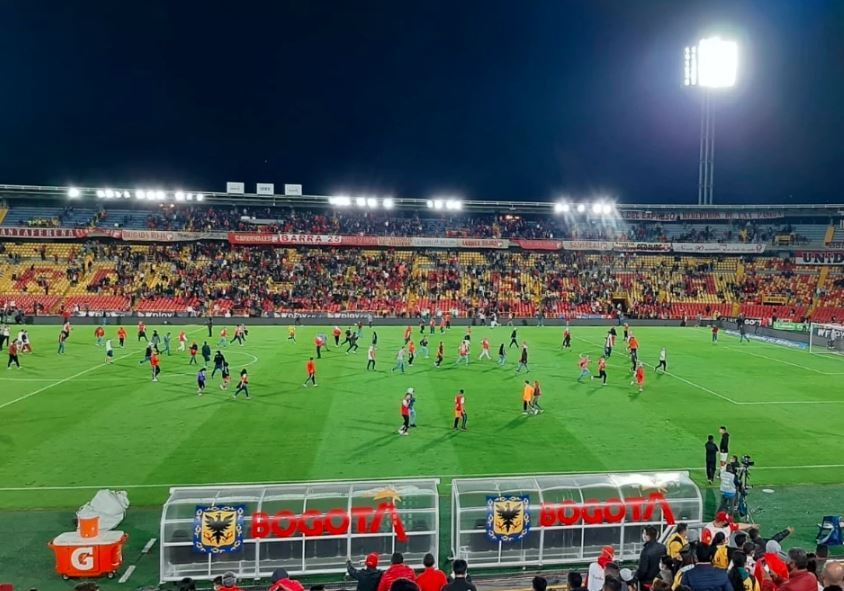 Estadio El Campín. @BluRadioCo.jpg