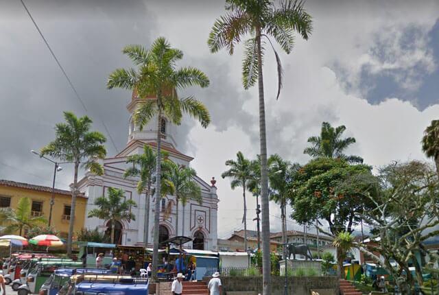 Parque principal de Ituango, Antioquia / Google Maps.