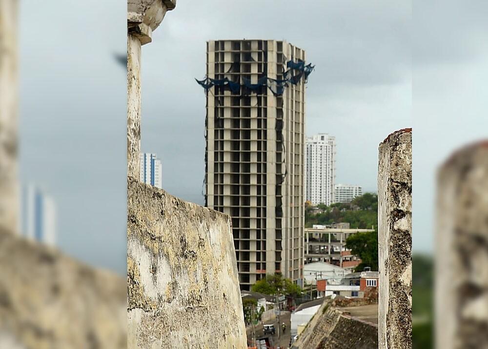 edificio aquarela en Cartagena.jpg