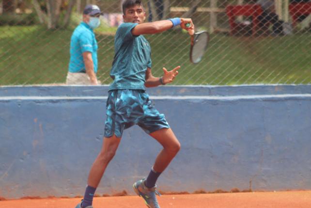 Johan Rodríguez es el mejor tenista colombiano juvenil en la actualidad.