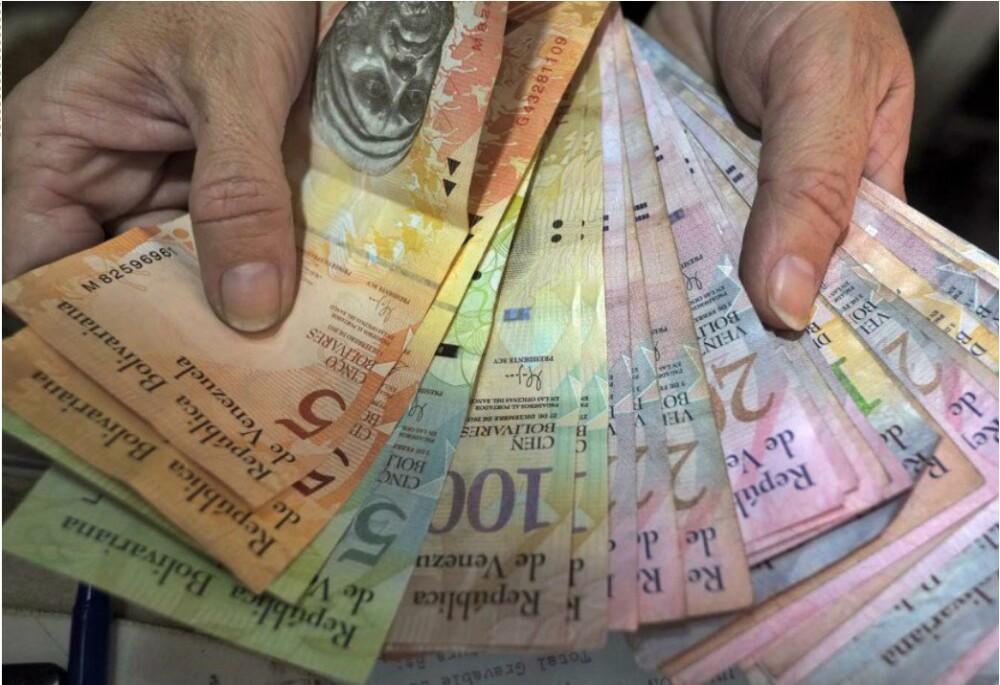 274836_Bolivares - AFP