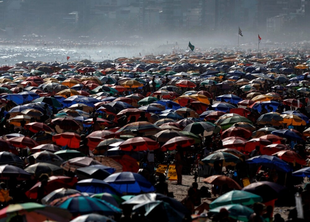 Aglomeraciones playas rio de janeiro foto efe.jpg