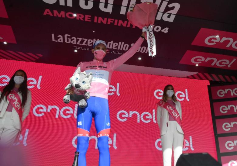 Attila Valter es el líder del Giro de Italia 2021