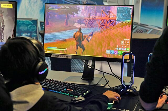 332533_gamers-fortnite-100320-getty-images-e.jpg