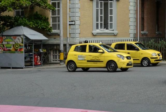 pico-y-placa-para-taxis-en-medellin