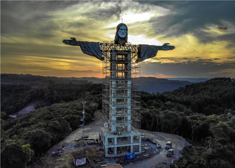 Cristo Protector Foto AFP.jpg