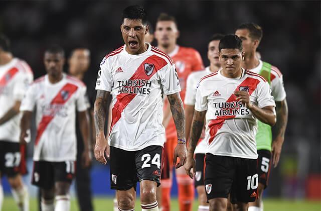 334799_Juan Fernando Quintero con River Plate