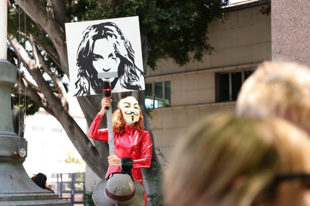 Manifestaciones de apoyo a Britney Spears.jpg