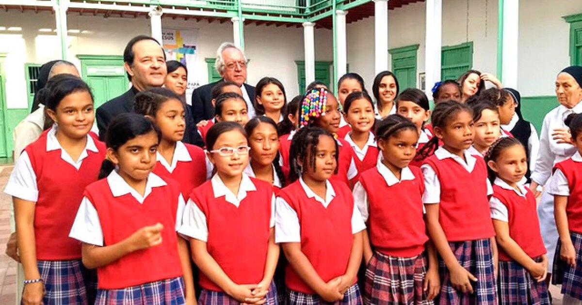 El Papa Francisco Se Reunira Con Cientos De Ninos En Medellin En