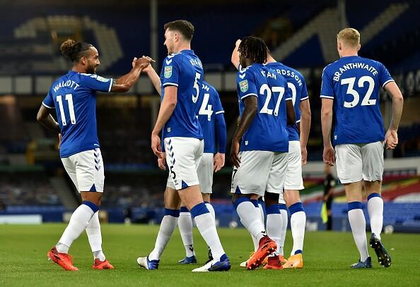 Everton celebra gol en el duelo de este miércoles.
