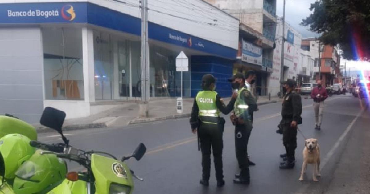 Cayó banda de ladrones que robó millonario botín de banco en Barbosa, Santander