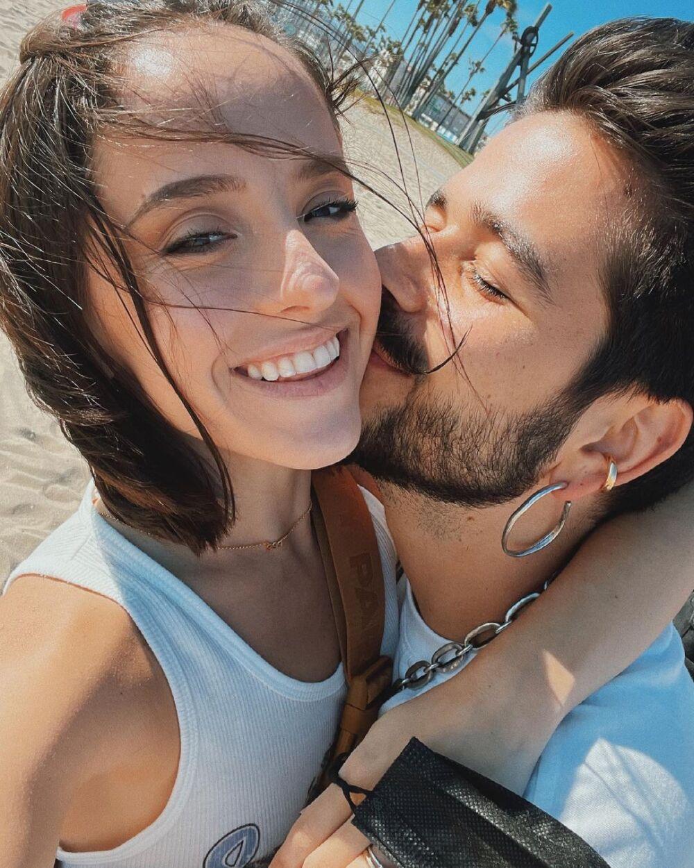 Camilo y Evaluna.jpg