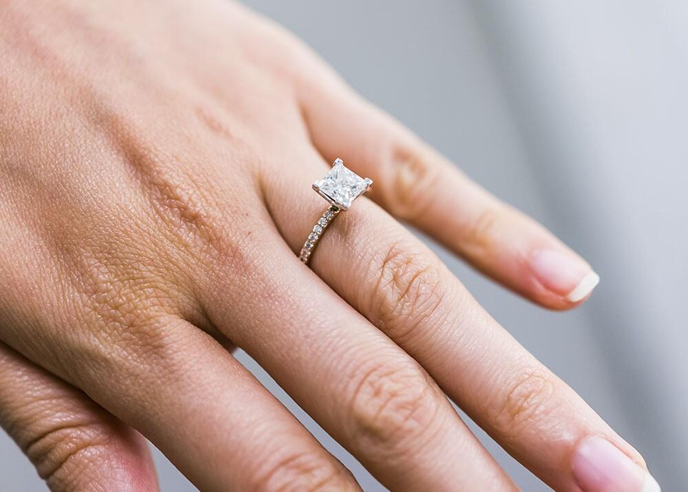 13102_Una mujer encontró este anillo de diamantes años después de perderlo - La Kalle - Getty Images