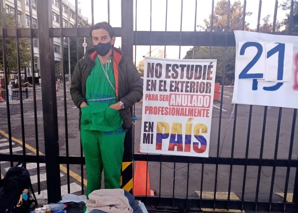 Huelga de hambre de médico Juan Pablo Ovalle Foto Twitter